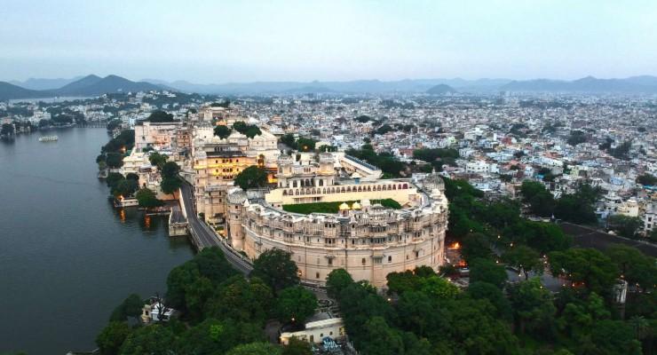 046 Exterior, Shiv Niwas Palace, Udaipur