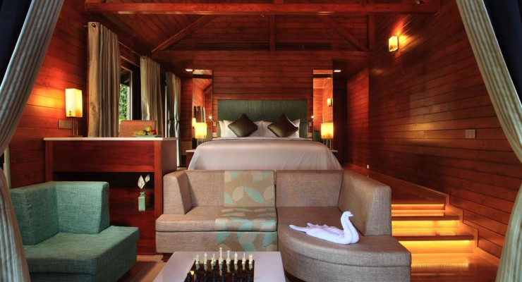 TheTamaraCoorg-Luxury-cottage-bedroom